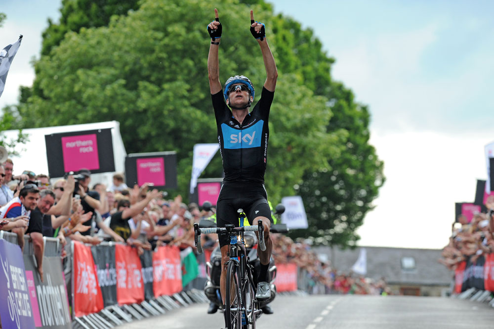 Bradley Wiggins wins, British road race national championships 2011