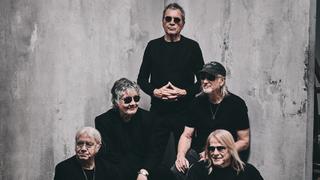 A portrait of Deep Purple