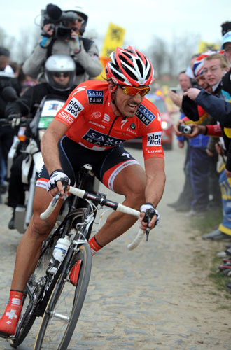 Fabian Cancellara wins Paris-Roubaix 2010