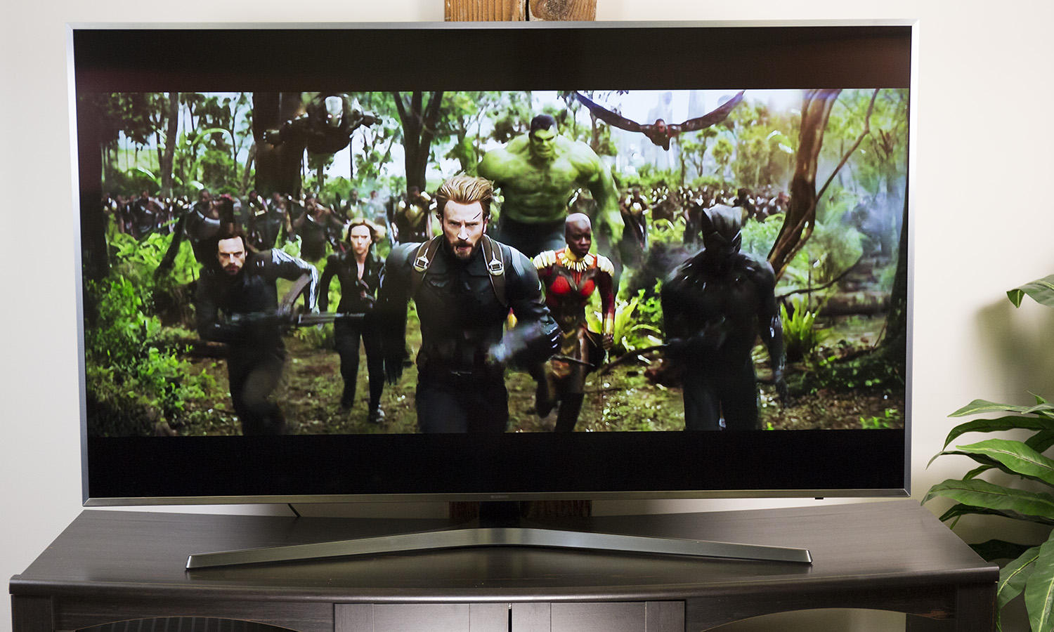Samsung 65-Inch MU7000 Review: A Stylish and Capable Smart TV