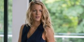 Ryan Reynolds Knows The Ghost Sex Lady Looks Like Wife Blake Lively