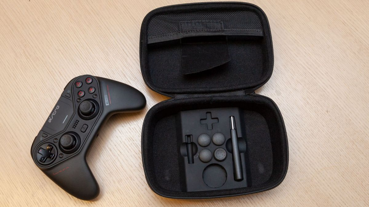 Astro C40 TR Review: The Elite PS4 Controller Players