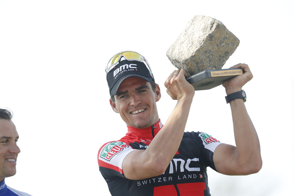 Greg Van Avermaet wins 2017 Paris-Roubaix.