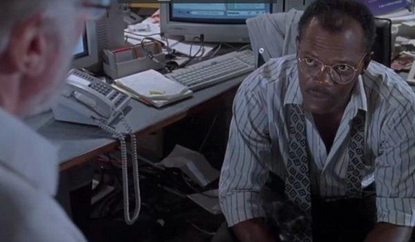 Jurassic Park Samuel L. Jackson explains the park's computer problems