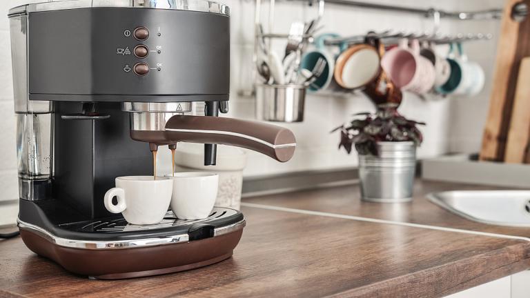 Black Friday coffee machine deals - machine on a counter