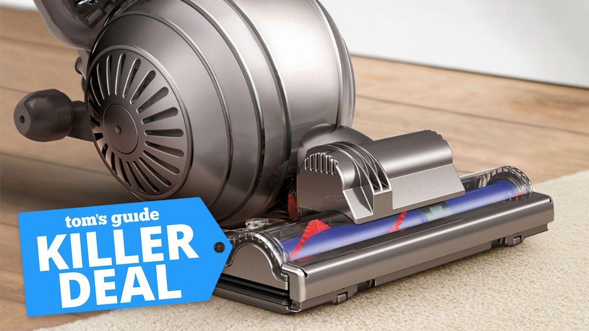 This Dyson Black Friday deal sucks $200 off top vacuum
