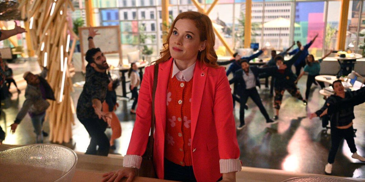 Zoey's Extraordinary Playlist Executive Producer Explains Why Season 2 Isn't 'Frivolous,' Casting Jane Levy And More