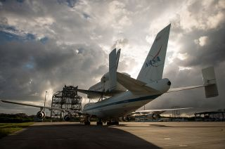 Endeavour at Shuttle Landing Facility
