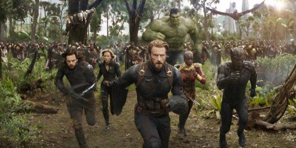 Avengers Infinity War group shot fake scene