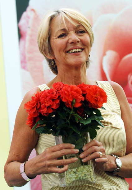 Trudie Goodwin to play Mrs Sharma in Emmerdale