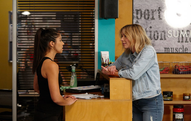 Home and Away, Willow Harris, Chelsea Campbell