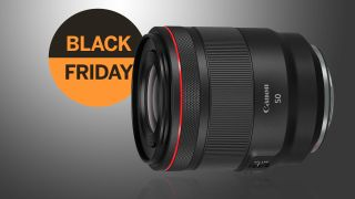 Super Black Friday saving: £315 off the Canon RF 50mm f/1.2L lens!