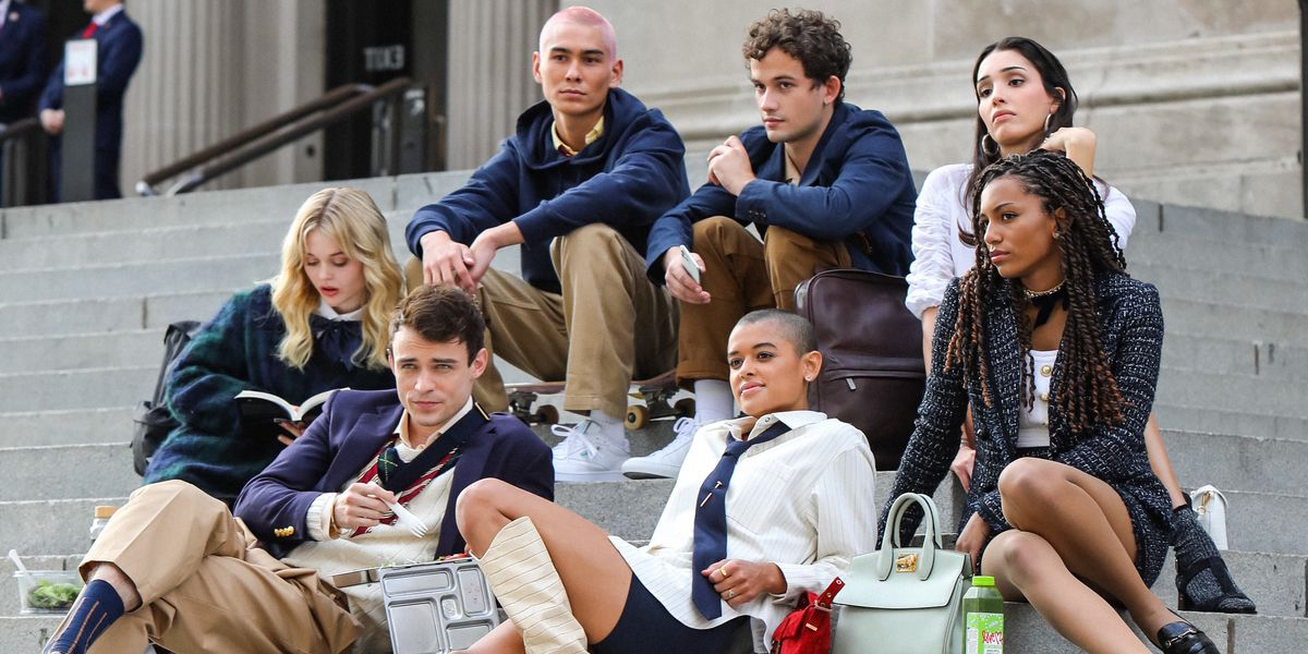 The main group of the new Gossip Girl reboot on HBO Max.