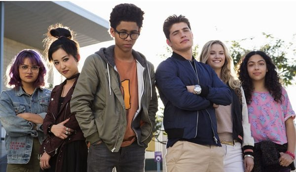 Marvel's Runaways the team lined up with attitude
