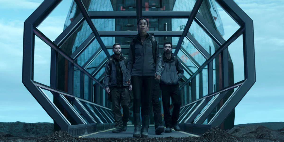Wes Chatham, Dominique Tipper, and Steven Strait on The Expanse