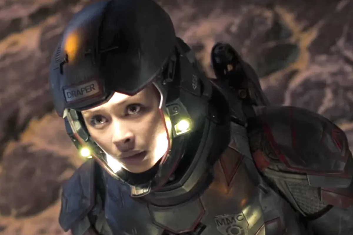 Gunnery Sergeant Bobbie Draper of the Martian Marine Corp, is the sole survivor of the Ganymede incident.