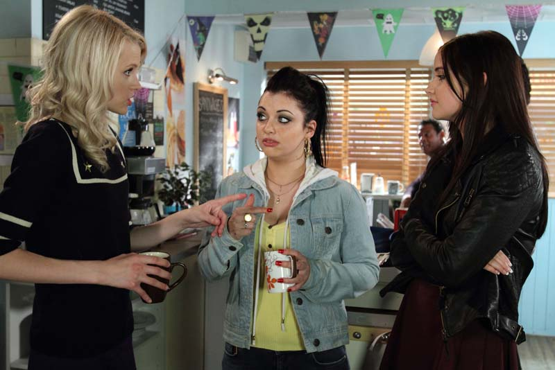Lauren falls out with Lucy and Whitney