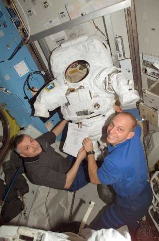 ISS Crew to Toss Space Junk on Spacewalk