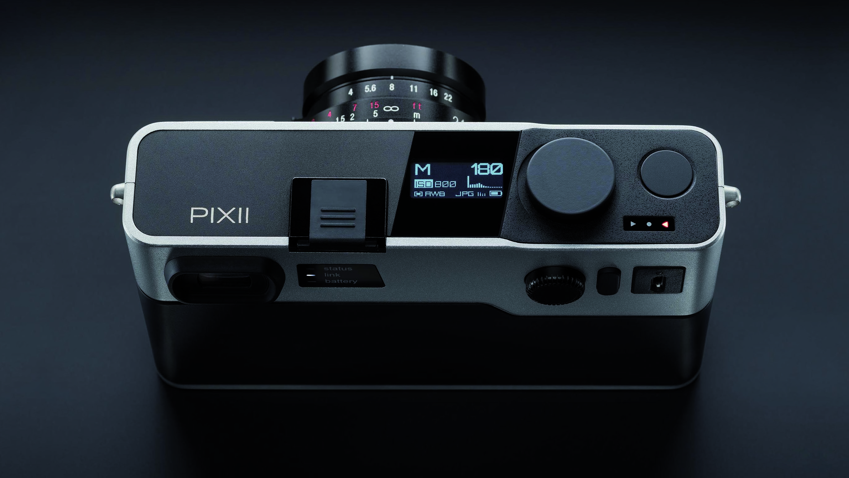 More details revealed about PIXII - the digital rangefinder that works with your phone