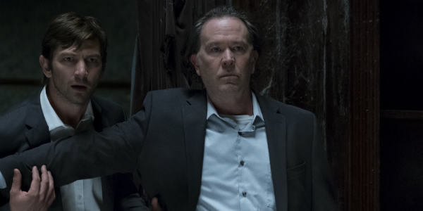 The Haunting of Hill House Michiel Huisman Steve Crain Timothy Hutton Hugh Crain