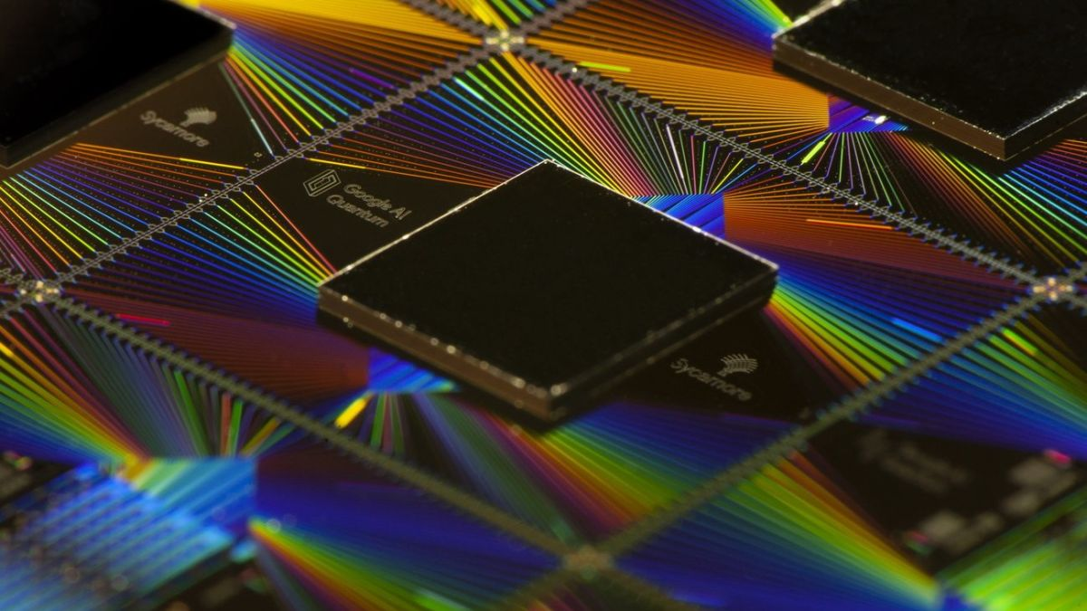 Google's quantum computing hardware chief departs