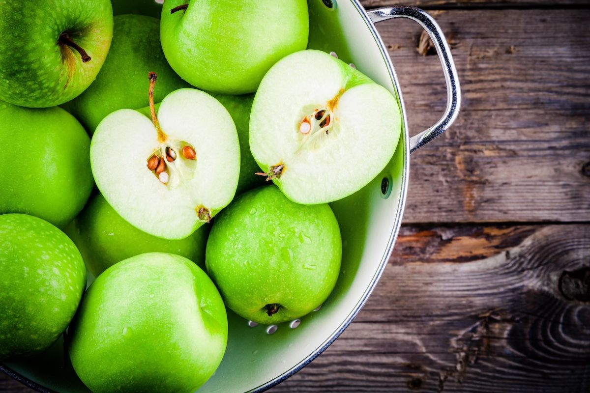 Apples: Health Benefits, Risks & Nutrition Facts | Live Science