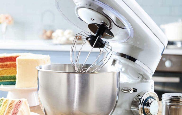 Bake Off KitchenAid dupe mixer: Ambiano Classic Food Mixer