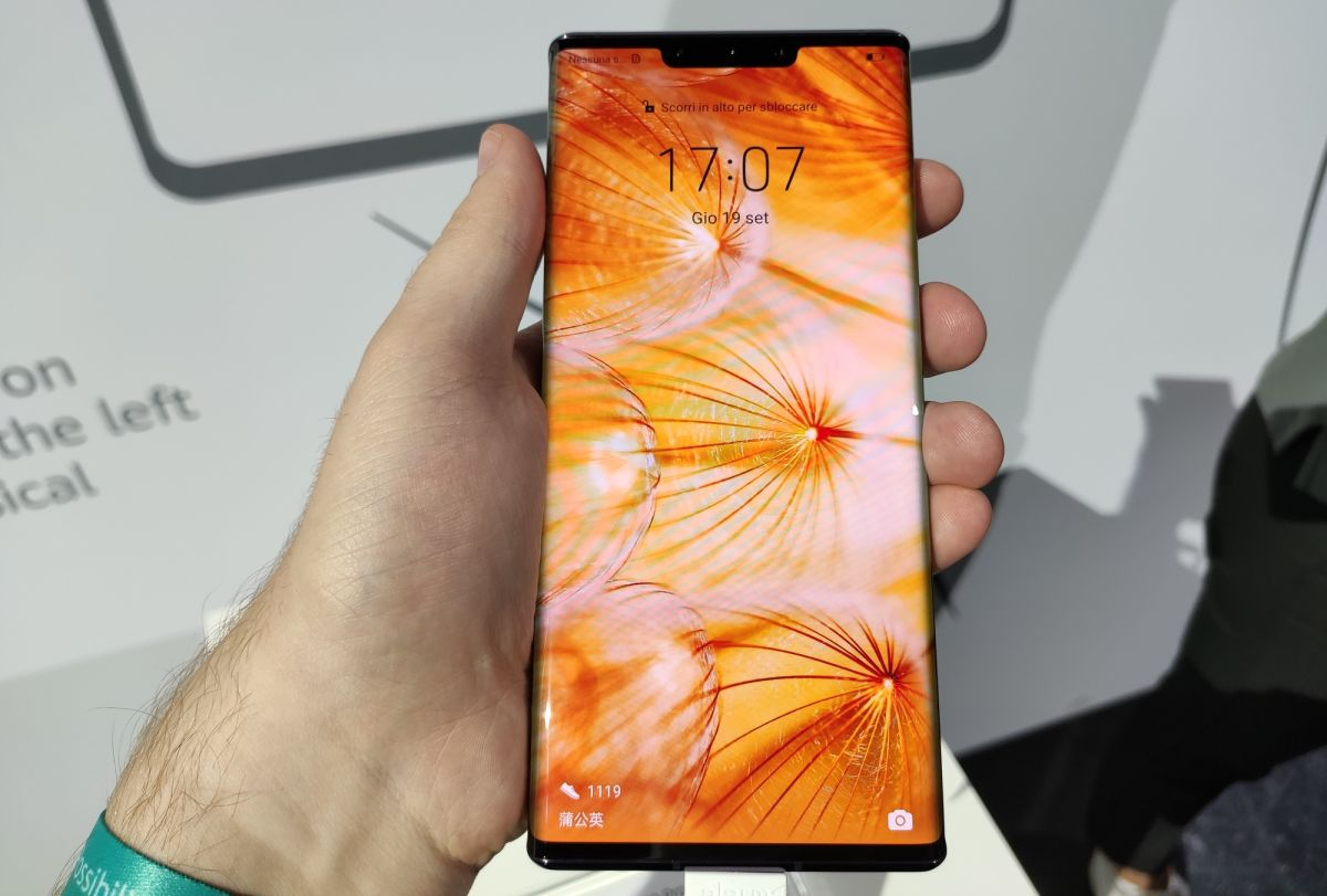 Huawei Mate 30 Pro Hands-on Review: Special But Flawed