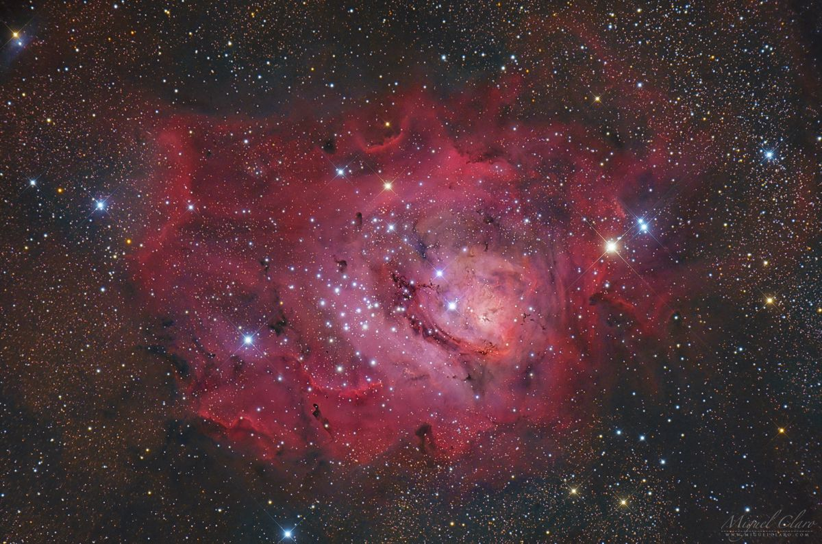 The Lagoon Nebula Glistens in Starry Deep-Space Image