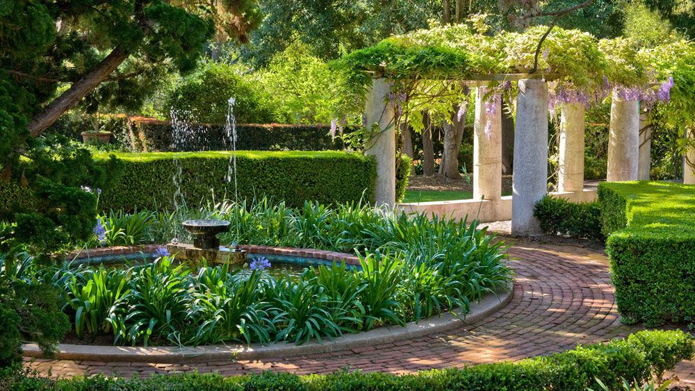 Front yard walkway ideas – 10 garden paths that will enhance curb appeal