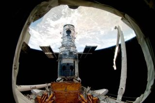 Astronauts to Say Goodbye to Hubble Telescope