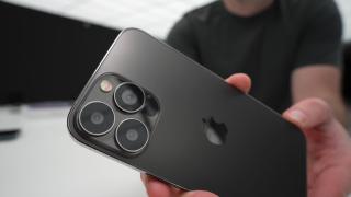iPhone 13 Pro Max dummy unit shows bigger cameras, smaller notch