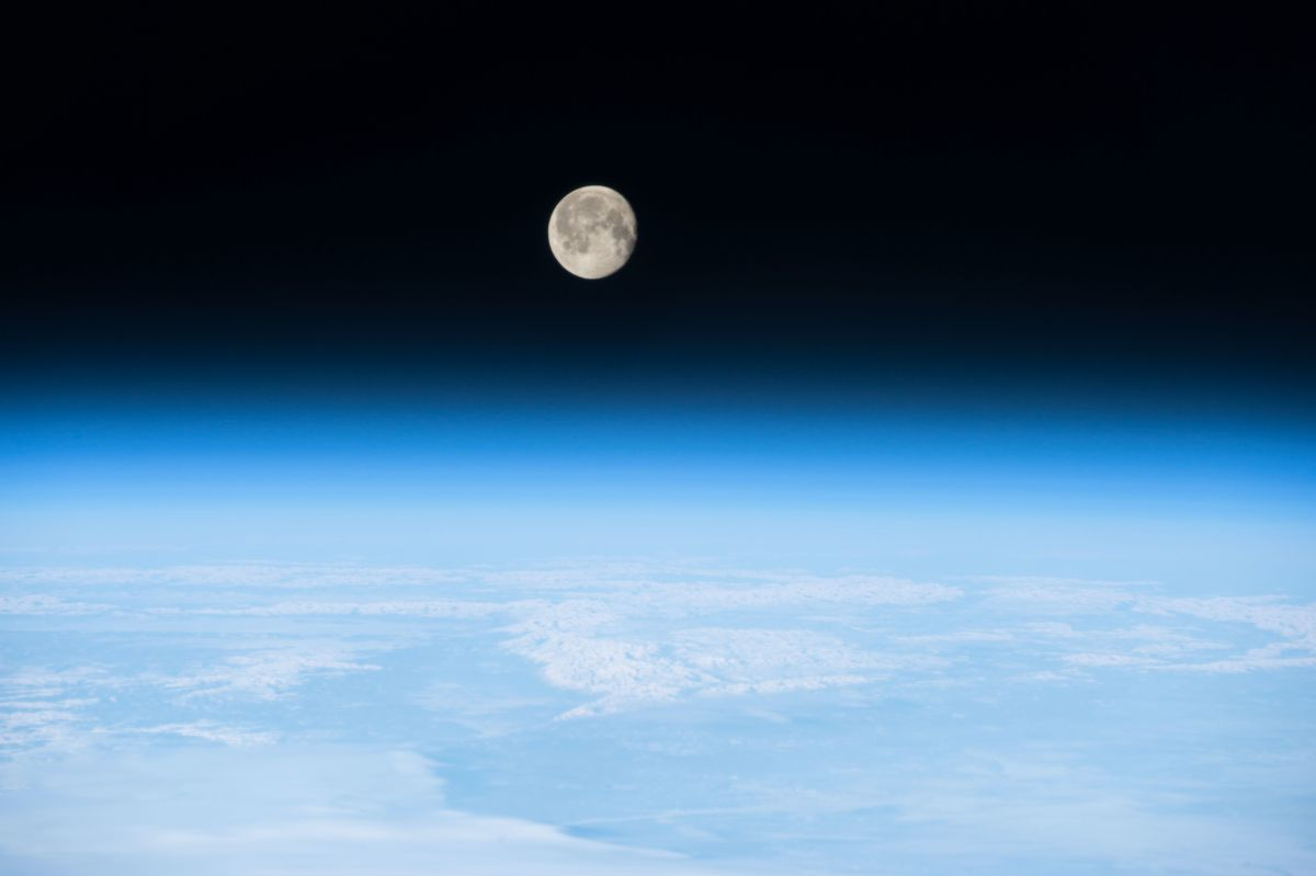 Life on Earth: Why we may have the moon's now defunct magnetic field to thank for it