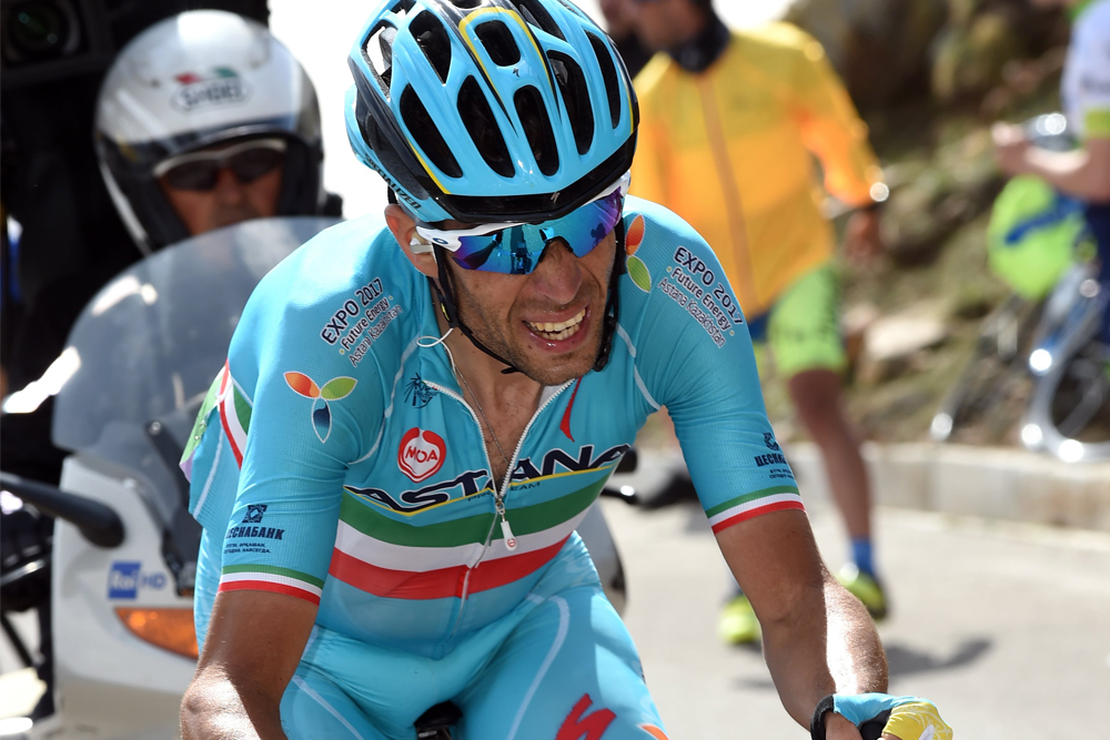 Thumbnail Credit (cyclingweekly.co.uk): Vincenzo Nibali riding away on stage 20 of the 2016 Giro d'Italia. Photo: Graham Watson