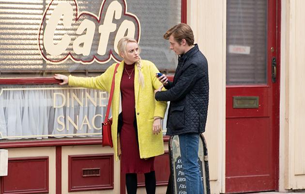 Coronation Street spoilers: Sinead Tinker suffers infront of Daniel
