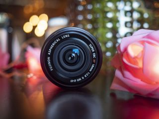 Fujinon XF16mm f/2.8 R WR: small on size, big on style