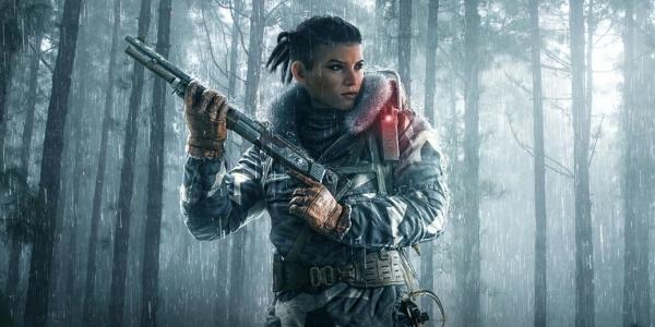 Rainbow Six Siege woman holding gun