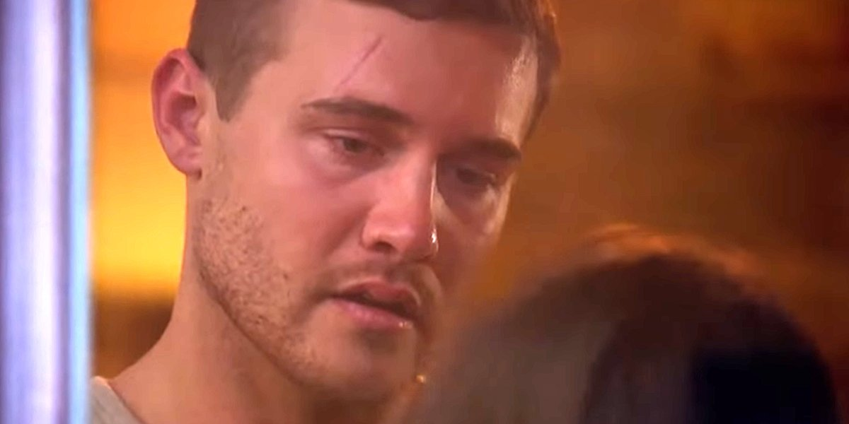 The Bachelor 2020 Peter Weber tells someone he's sorry ABC