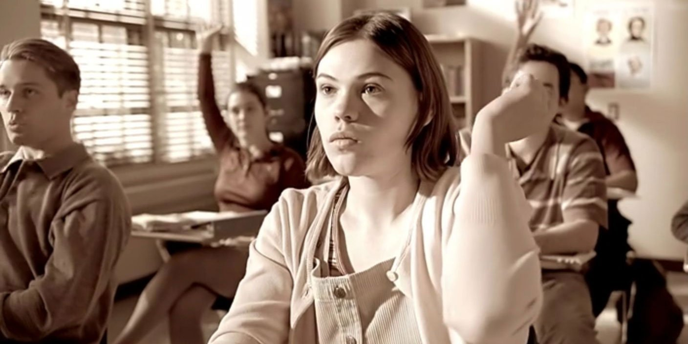 Clea DuVall as Marcie Ross