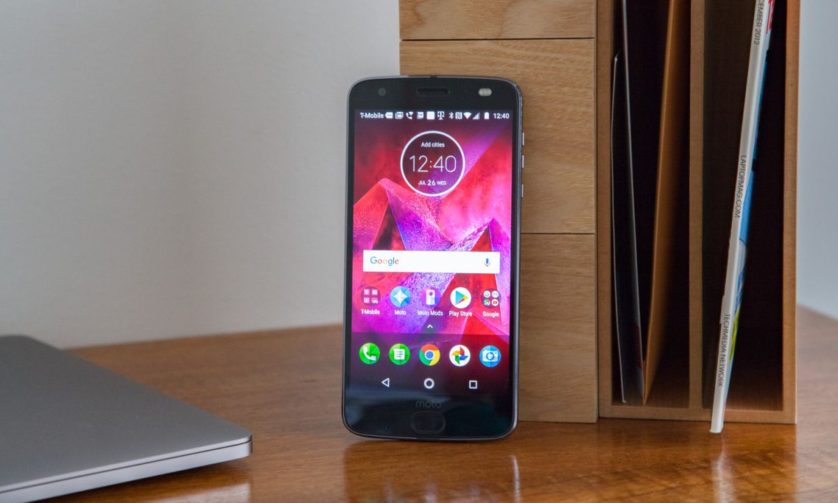 Moto Z2 Force Review: The Galaxy S8 Can't Do This | Tom's Guide
