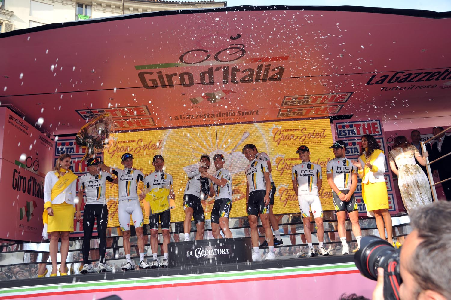 HTC-Highroad on podium, Giro d