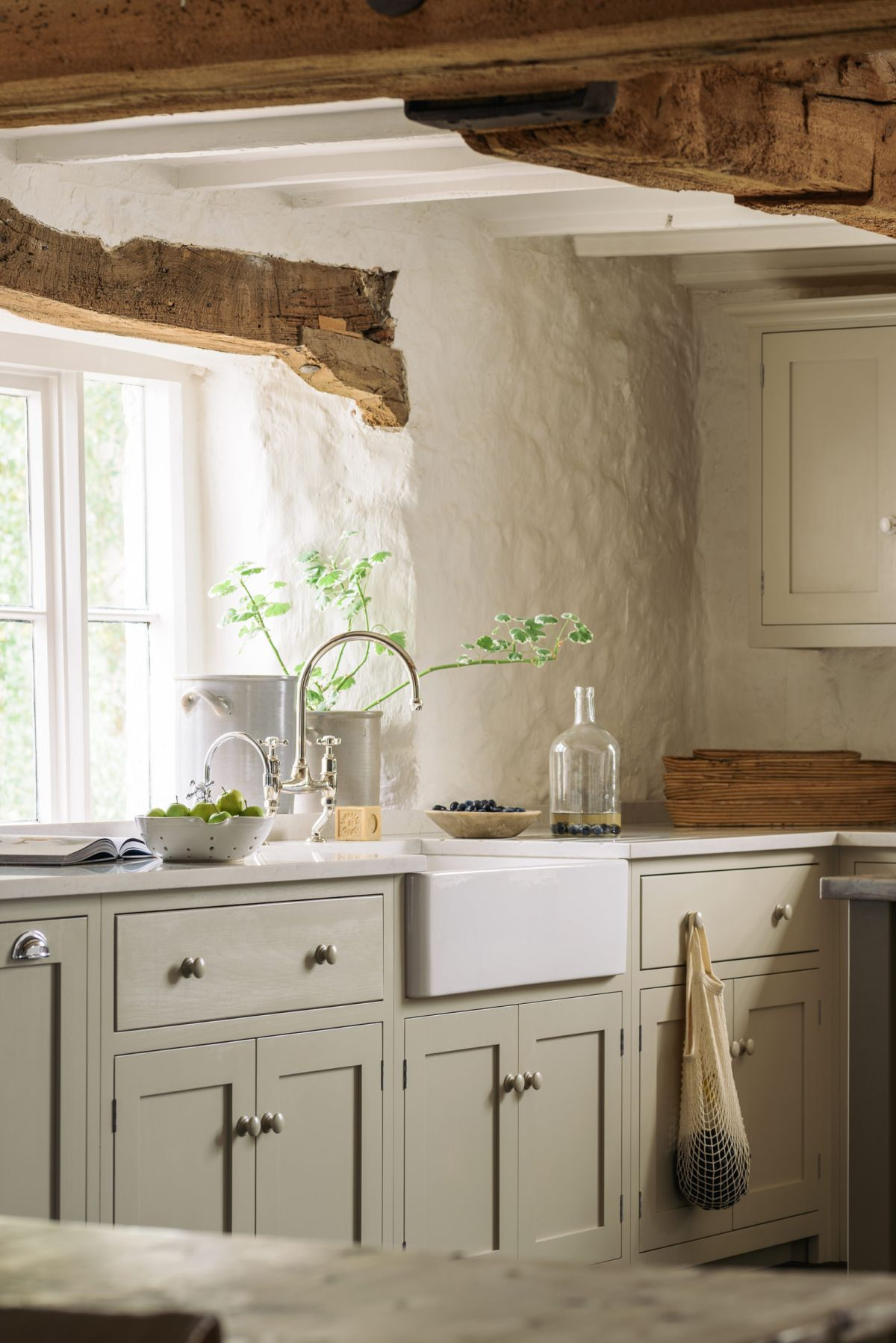 Small Cottage Kitchen Ideas Design Inspiration For Rural Homes Country