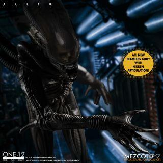 Mezco Toyz will release an epic Alien xenomorph figure in early 2021.