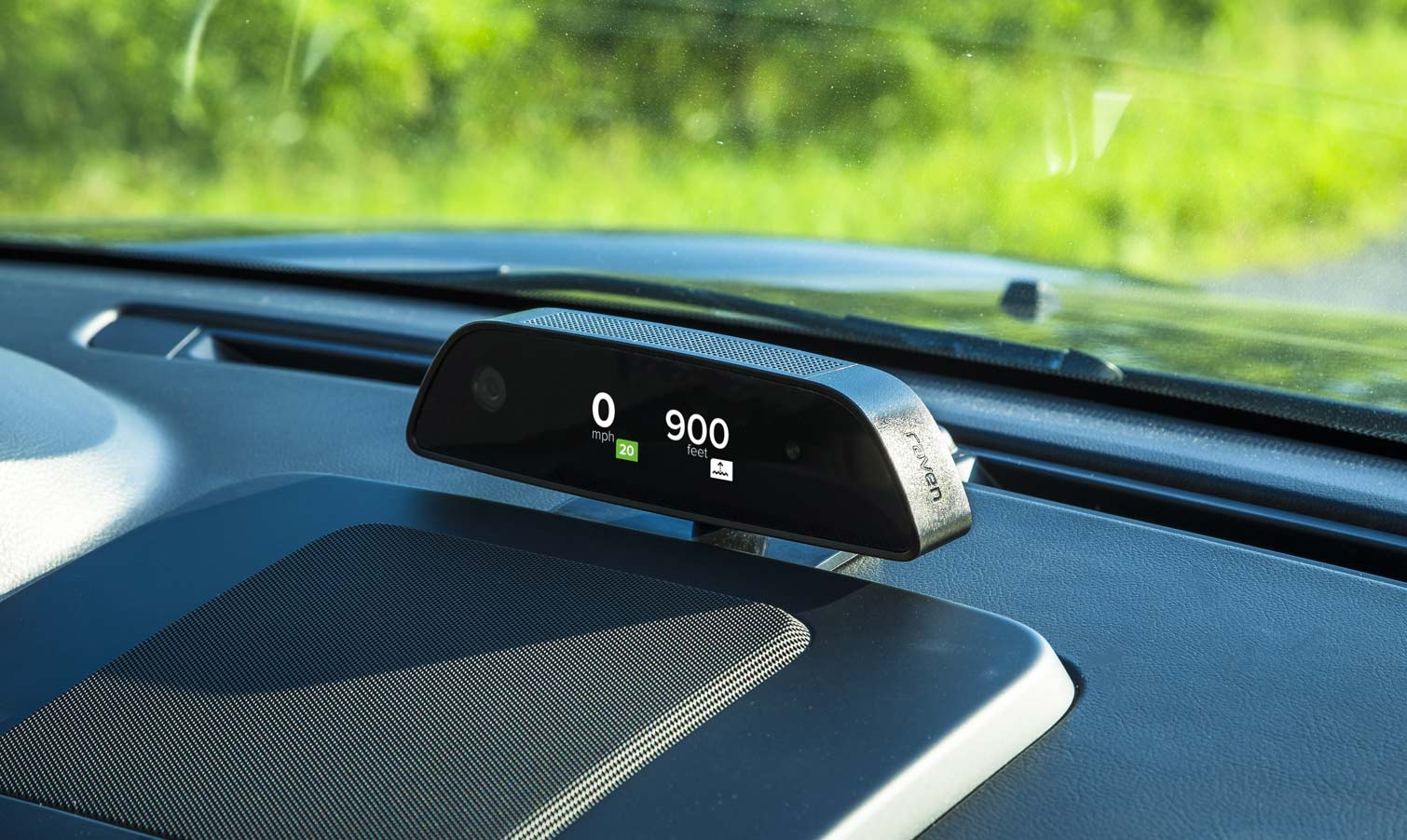 Raven Connected Car System Review: Making Older Cars Smart