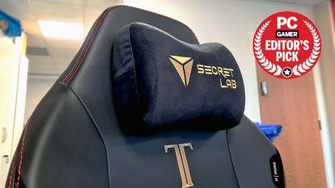 Image of the Secretlab Titan Evo 2022 gaming chair's magnetic head cushion.
