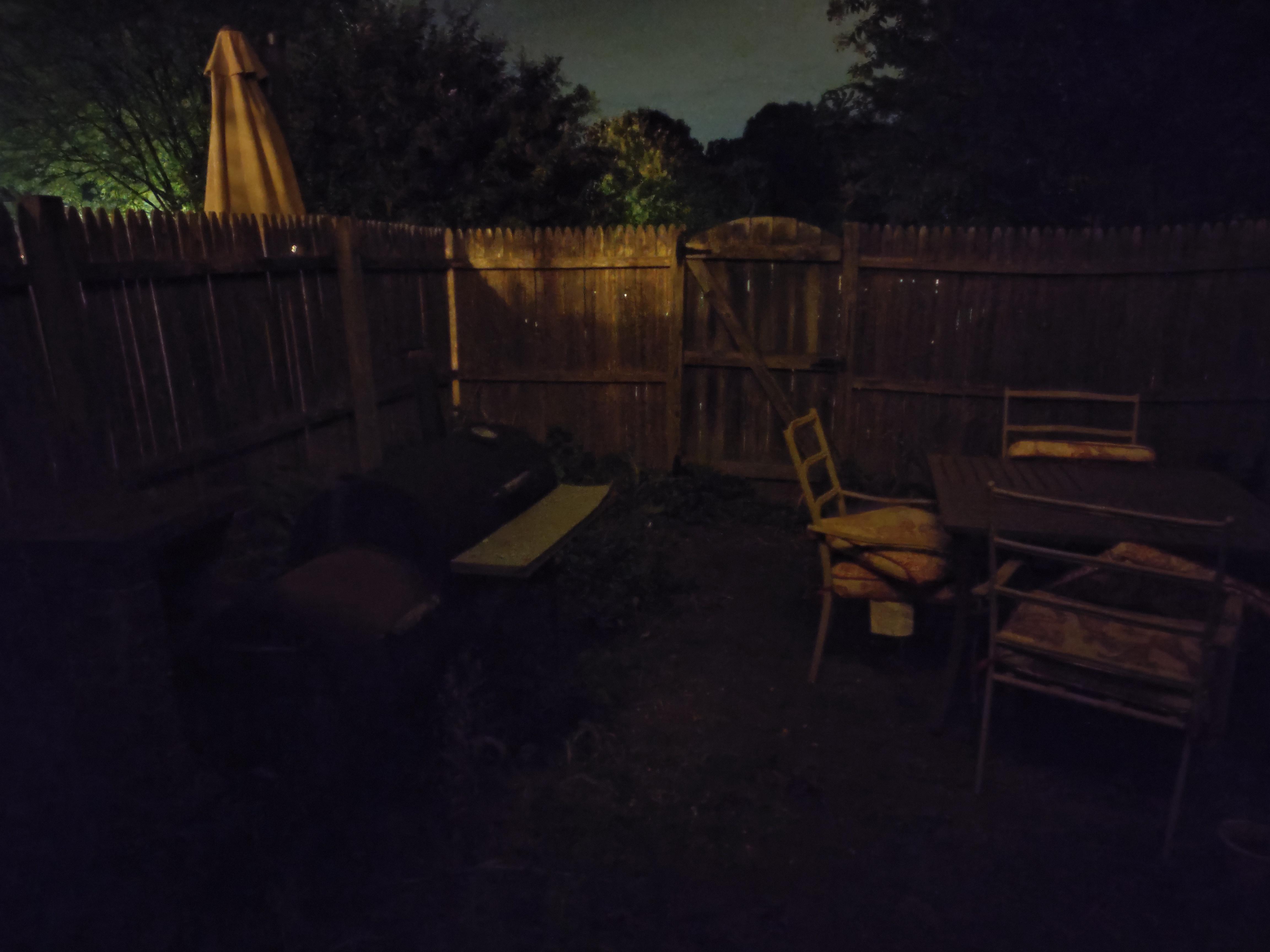 redmagic 6s pro review: night mode camera sample