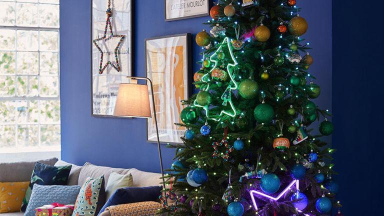 John Lewis Christmas tree, musical