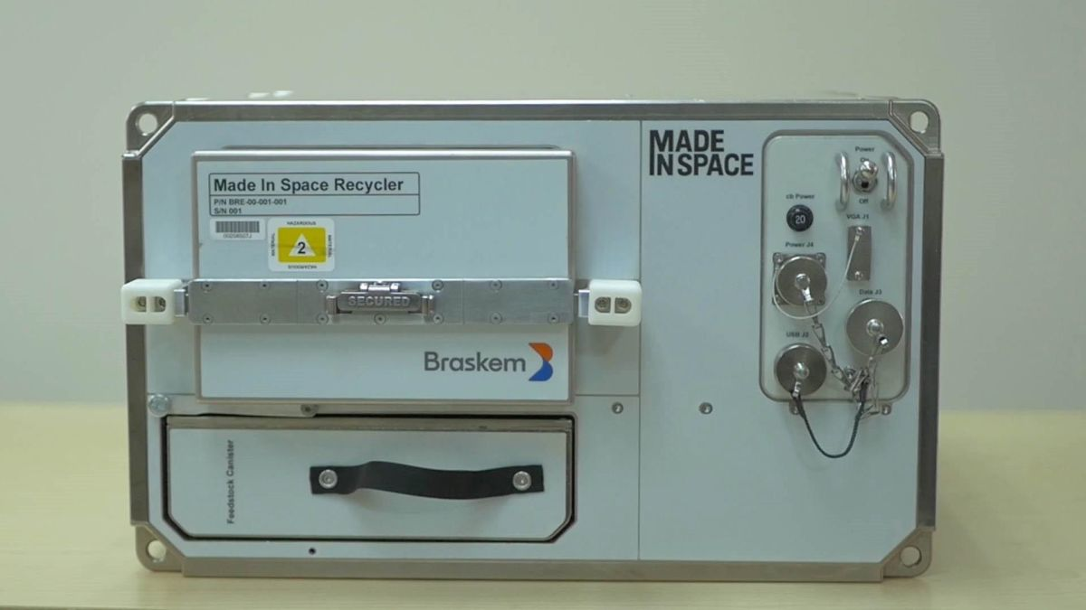 Plastic Recycler Will Turn Space Station Trash into 3D Printing Stock