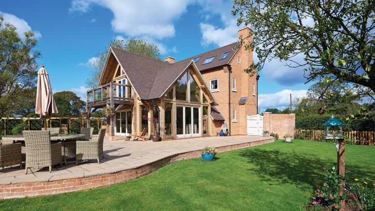 How to add a timber-frame extension | Real Homes