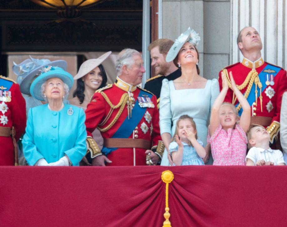 the royals kelley kitty